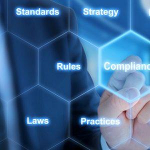 Hand deutet auf Compliance