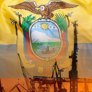 Industrieanlagen vor Flagge Ecuadors