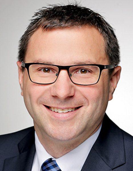 Karsten Koch, Country Manager, Credendo und Jolyn Debuysscher, Country and Sector Risk Analyst, Credendo